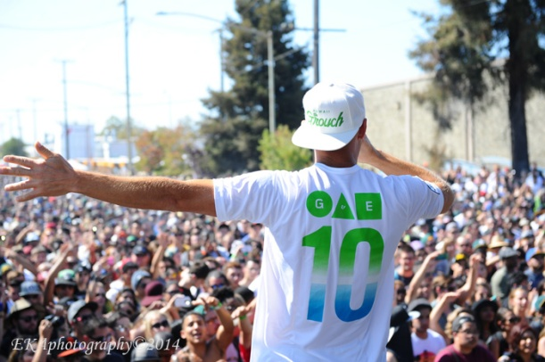 The Grouch addresses the Hiero Day massive