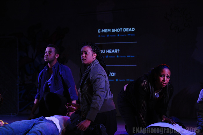 "Tweets detail the tragedy of gun violence in ""Xtigone"""